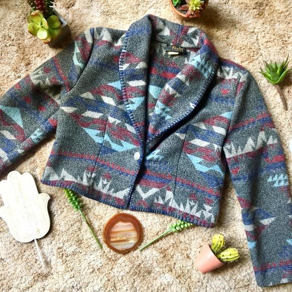 Vintage Jackets & Blazers - {Vintage} Wool Blend Cropped Aztec Print Jacket PL